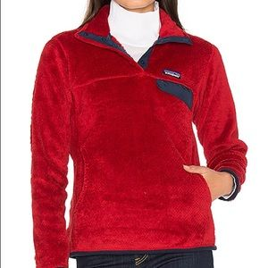 Women's Patagonia re tool Pullover jacket red
